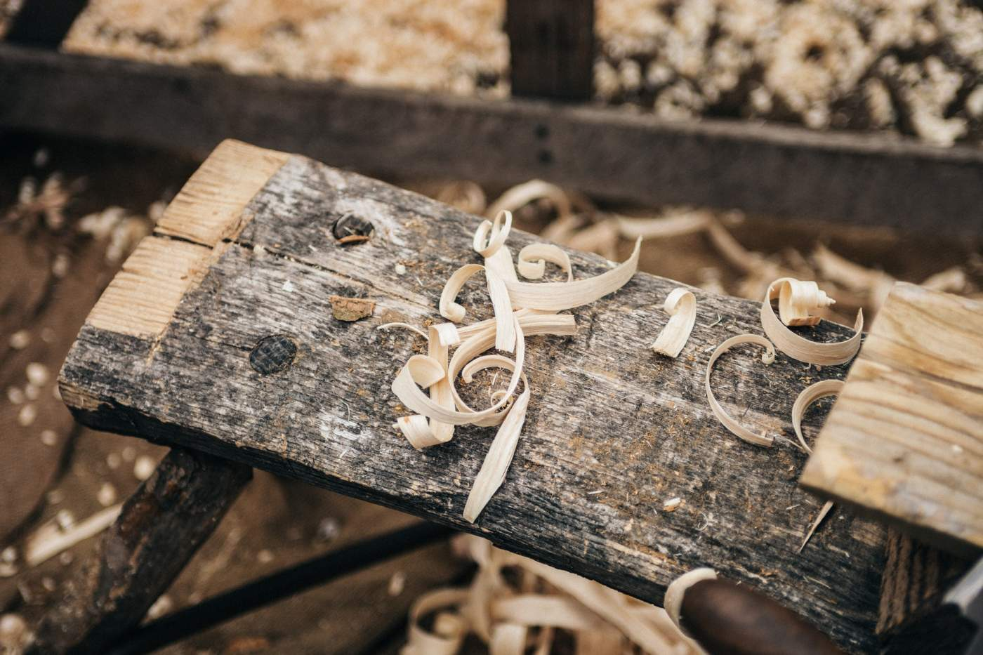 arts-and-crafts-carpentry-wood