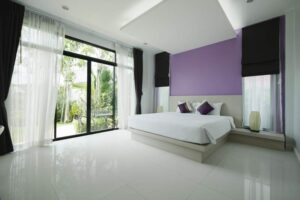 Modern-beadroom-in-hotel