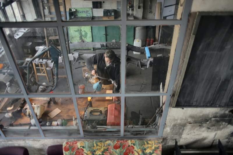 men-working-wood